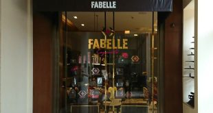 Fabelle Chocolate Boutique: ITC Gardenia, Richmond Road, Bangalore Cafe Restaurant